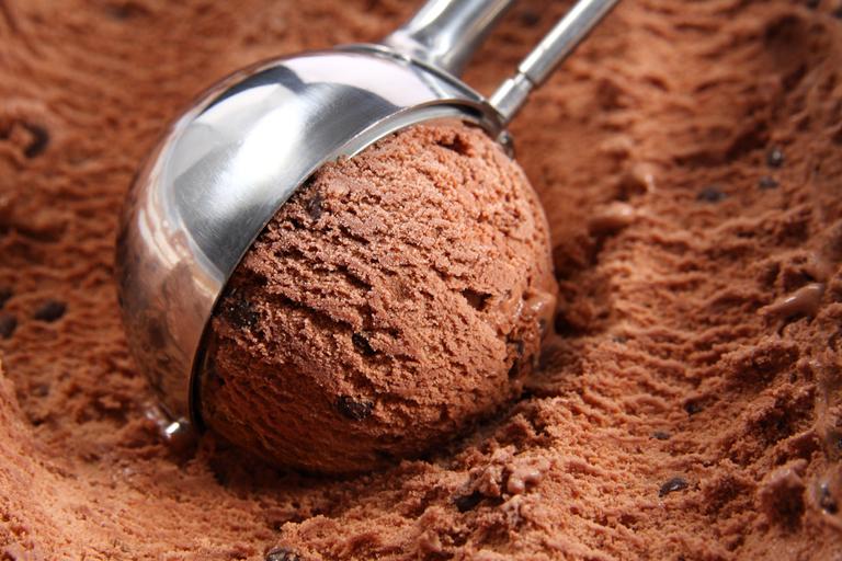 choco chip ice cream scoop